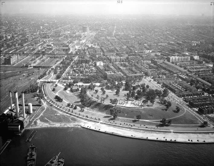 A 1937 view of Owl's Head Park showing the completed overlook plaza and the still-intact Bliss Stables.